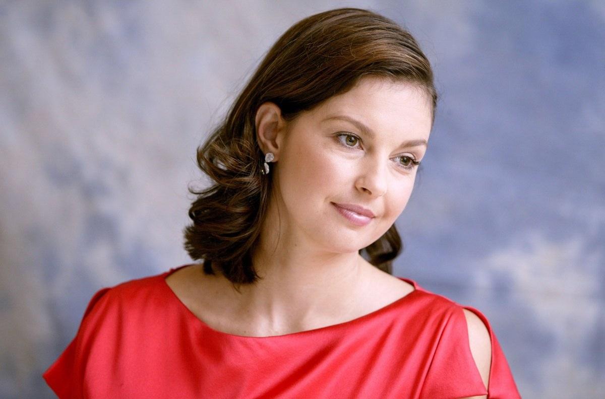 Ashley Judd Photos