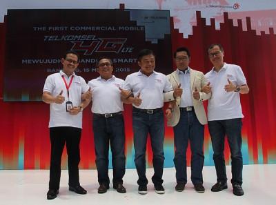 Telkomsel 4G LTE Komersial Pertama Hadir di Bandung