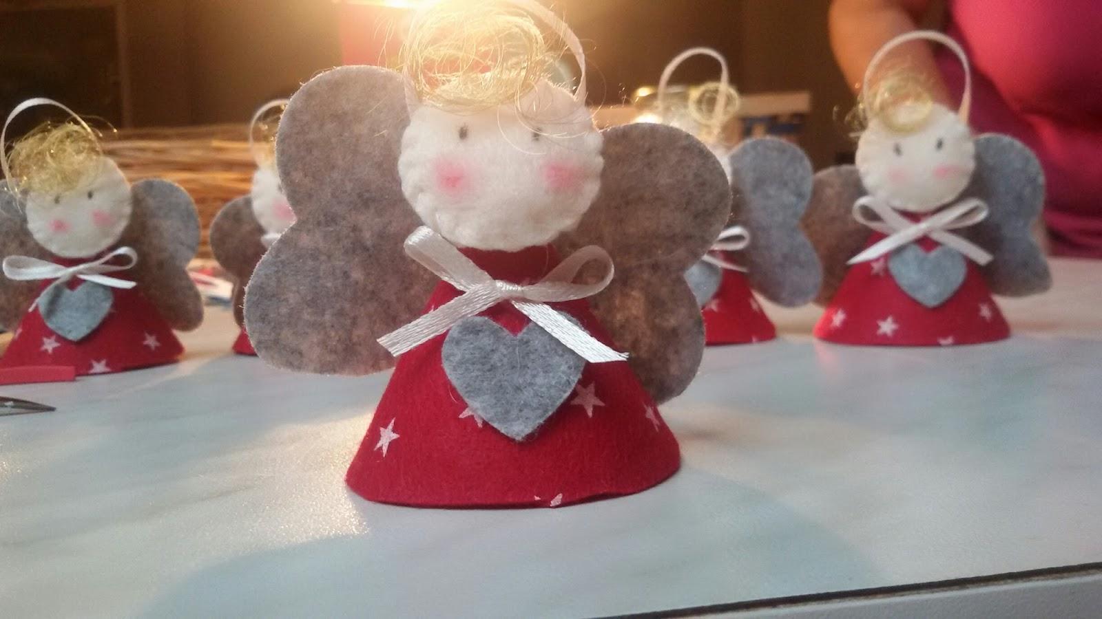 The ice cream parlour it 39 s christmas time angioletti di for Angioletti di carta da appendere