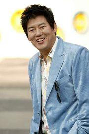 Biodata Sung Dong Il
