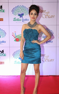 Actress Priya Banerjee Picture Gallery in Short Dress at Memu Saitam Dinner with Stars Red Carpet 9)