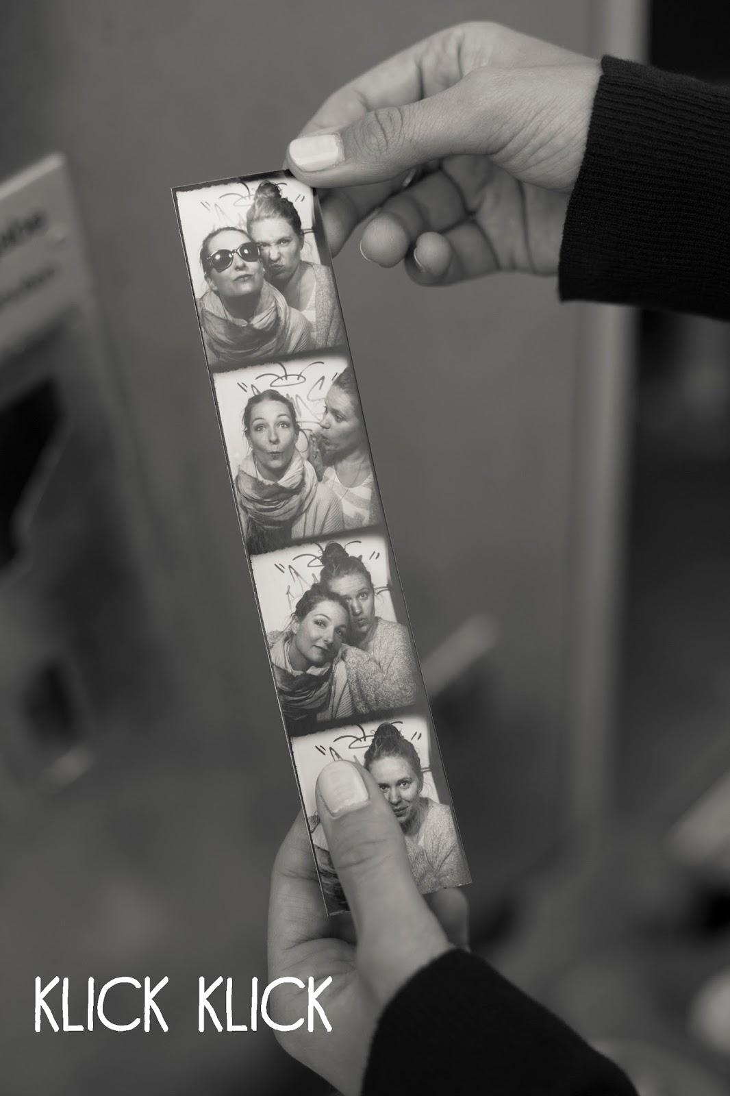 Quality Time - Elena und Jennie im Fotoaustomaten