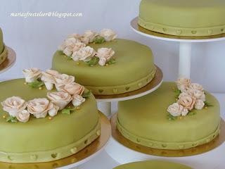 Blommiga tårtor