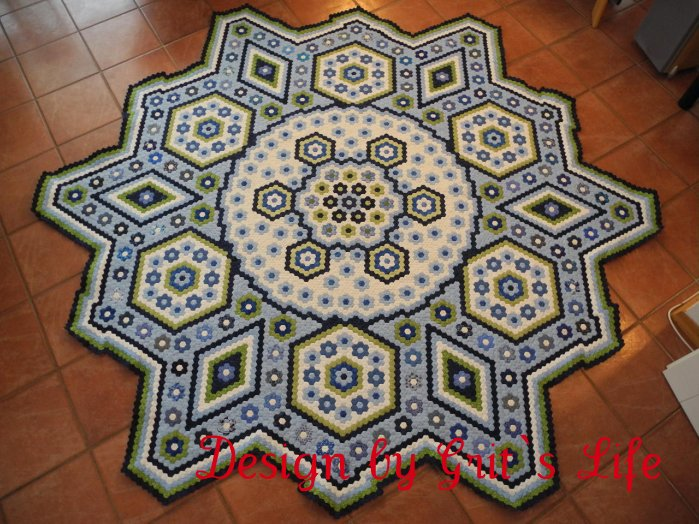 The Vignette Hexagon Quilt: La Passion