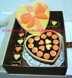SET CHOC LOVE BOX RIBBON ~ SIZE 'L'