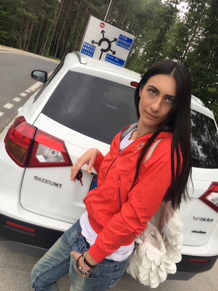 suzuki, new vitara, fashionblog, fashionblogger, paola buonacara, themorasmoothie, porsche, le mans, LM24, 24 hours le mans, france, francia, aeronautica militare, jacket, shoes, butterfly twists, jeans, circuito, on the road, shopping, shopping on line, travel