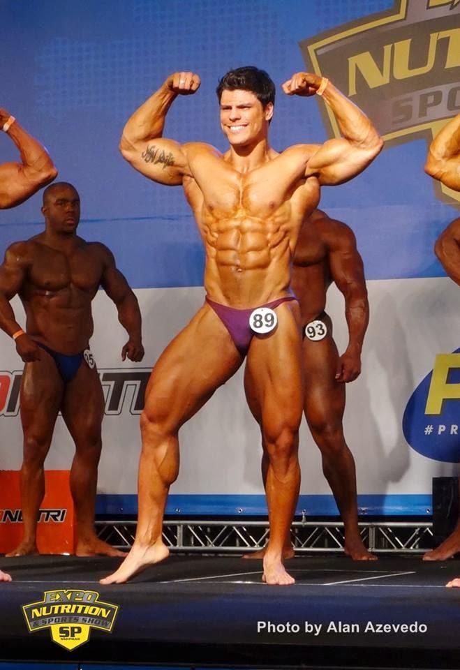 Apresentação de Gustavo Almeida no II Bodybuilding Brazil Show.
