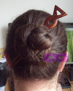 1001 coiffures: Chignon pour cheveux très longs : Double chignon celtique
