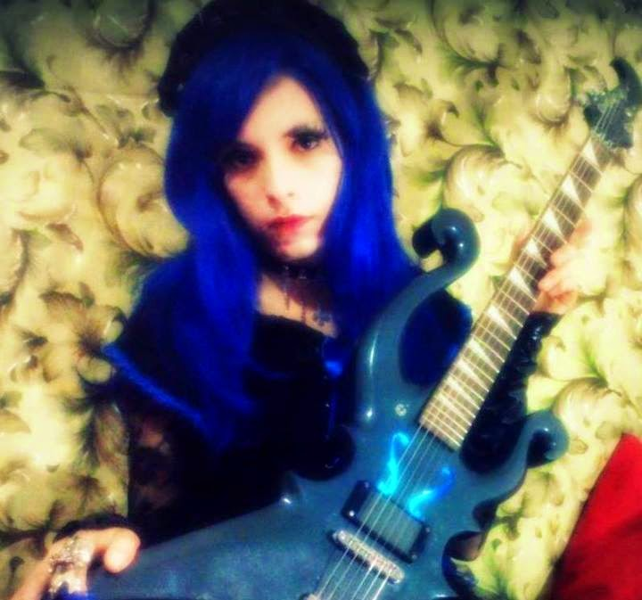 ۞† Alice Croix †۞