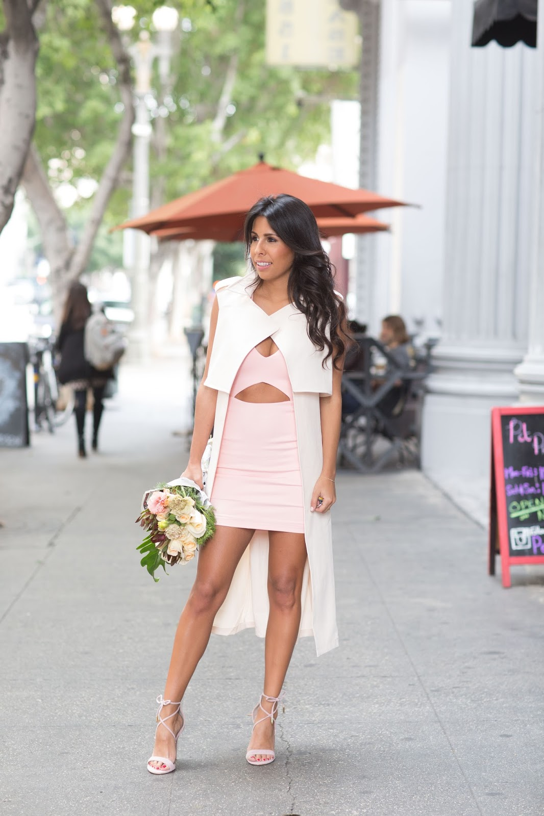 date night outfit, how to wear bodycon dress, valentine's day outfit