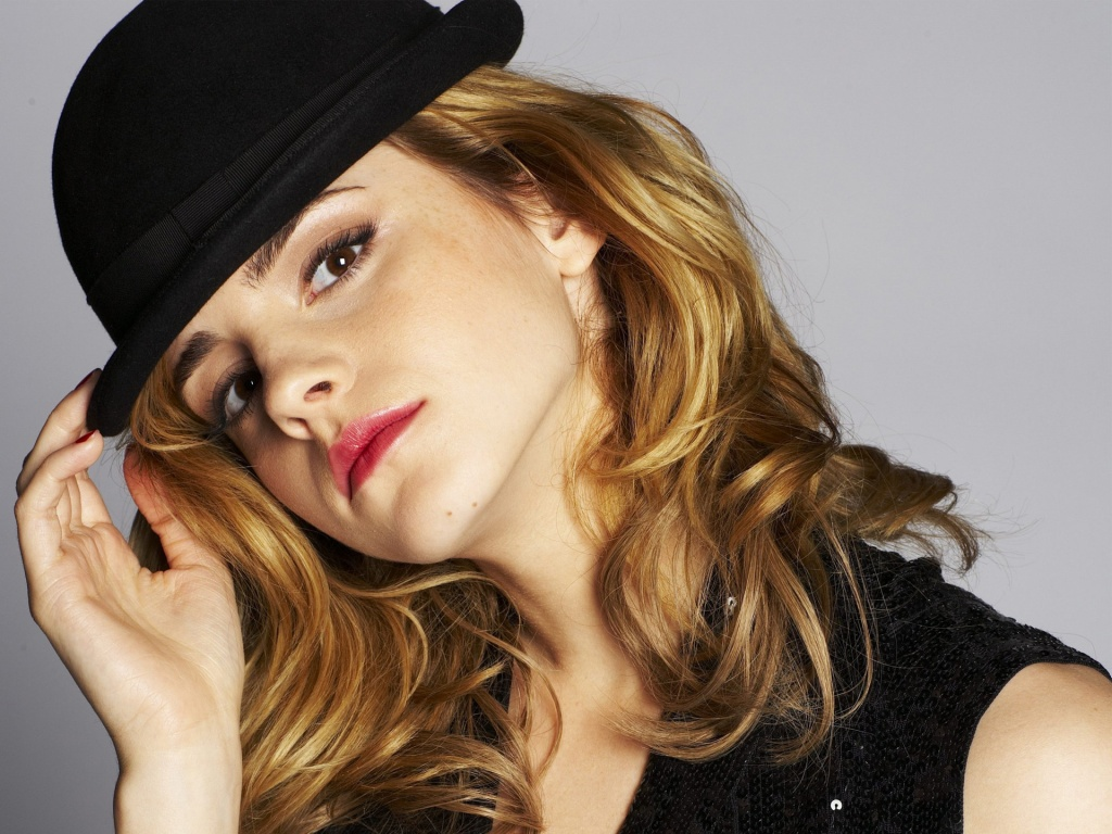 http://2.bp.blogspot.com/-SgDBapbUtxQ/Tt2zgx3zrpI/AAAAAAAABEk/KJ0lKaxwiq4/s1600/Emma+Watson+Beautiful+wallpaper+1.jpg