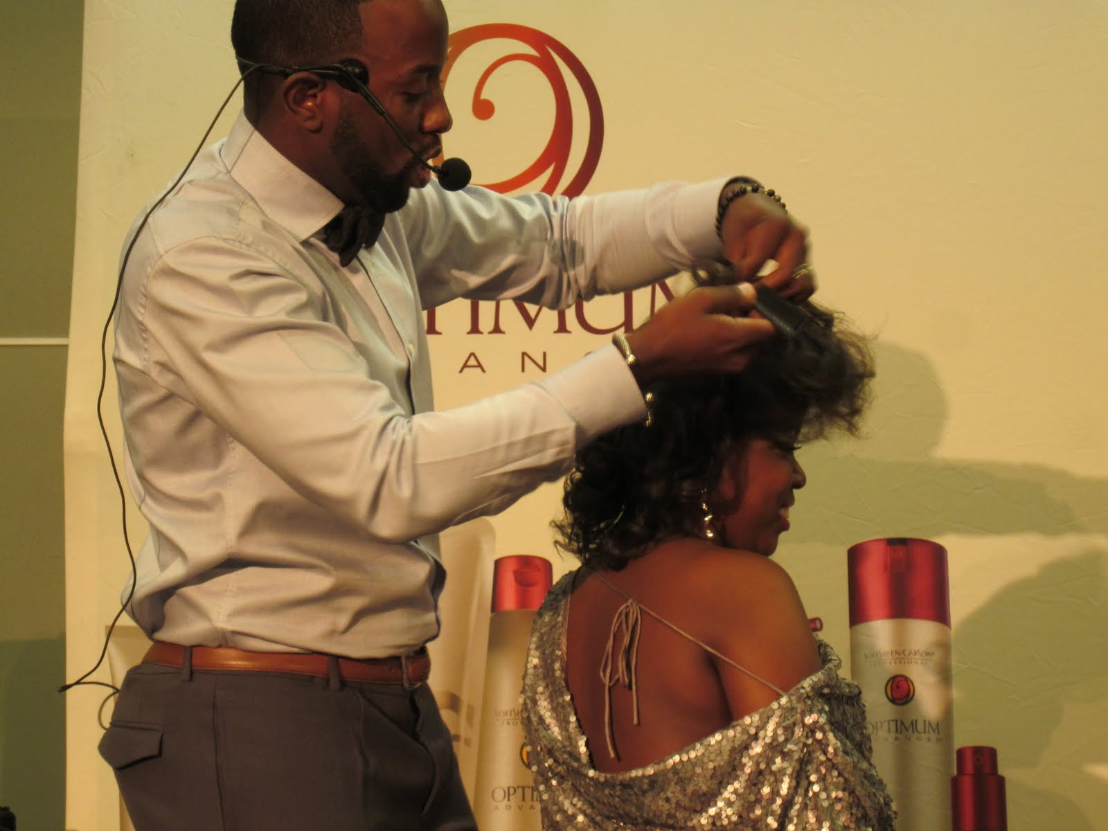 Hairstylist Johnny Wright : PhenomenalhairCare: August 2011 Hair Show: Johnny Wright