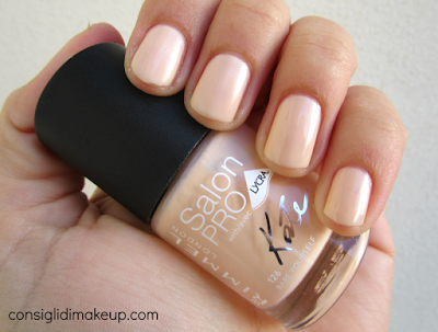NOTD: Salon Pro with Lycra 126 Bare Yourself - Rimmel London by Kate