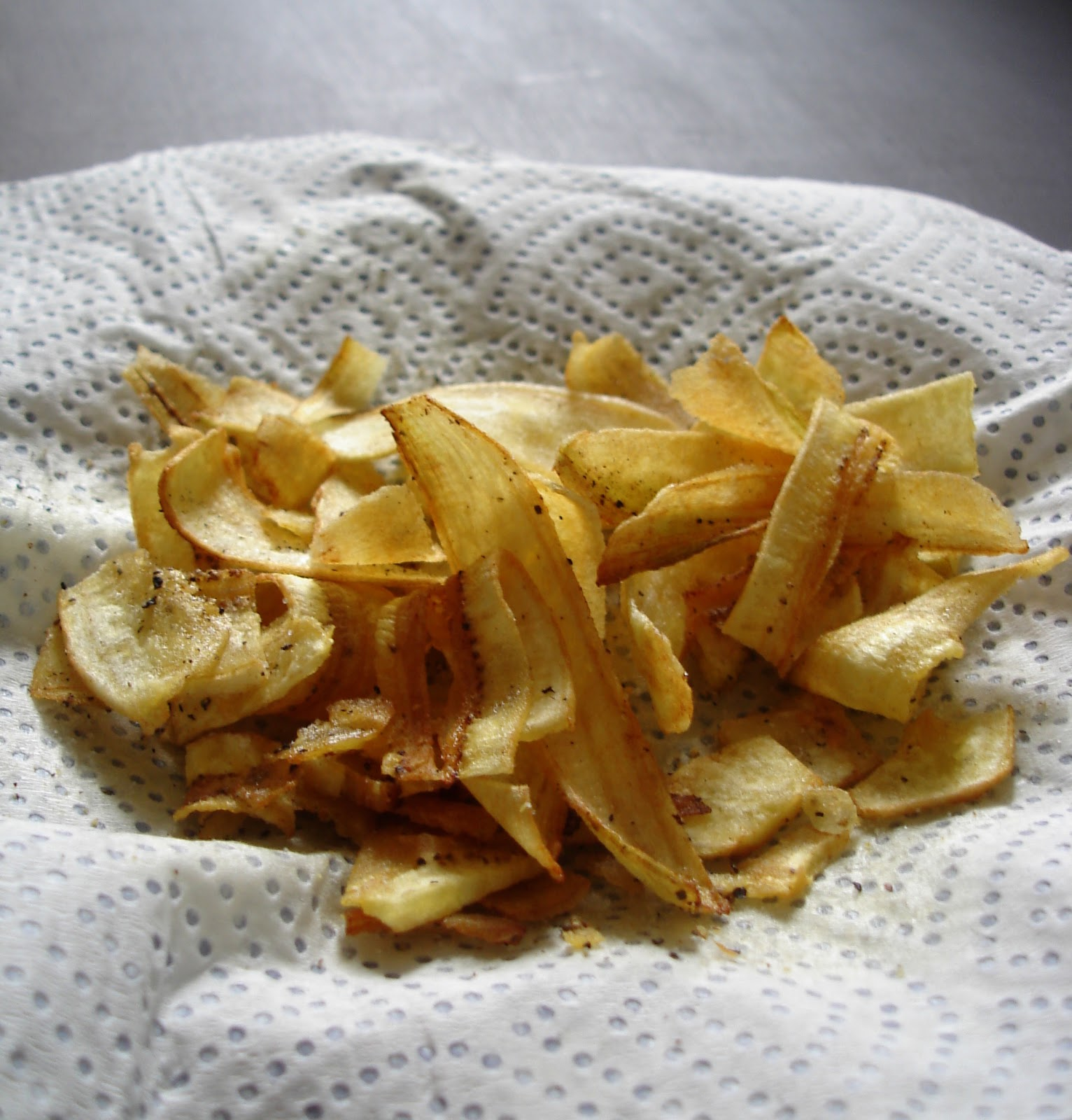 Plantain Chips | Banana Chips | Khadkhadiya | Low oil chips