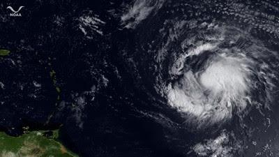 Hurrikan KATIA: Aktuelles hochauflösendes Satellitenfoto (high resolution, high definition, HD), Katia, Hurrikan Satellitenbilder, Satellitenbild Satellitenbilder, Hurrikanfotos, aktuell, September, Hurrikansaison 2011, 2011, Atlantik,