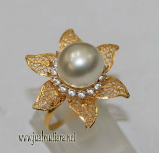 cincin emas model kenari