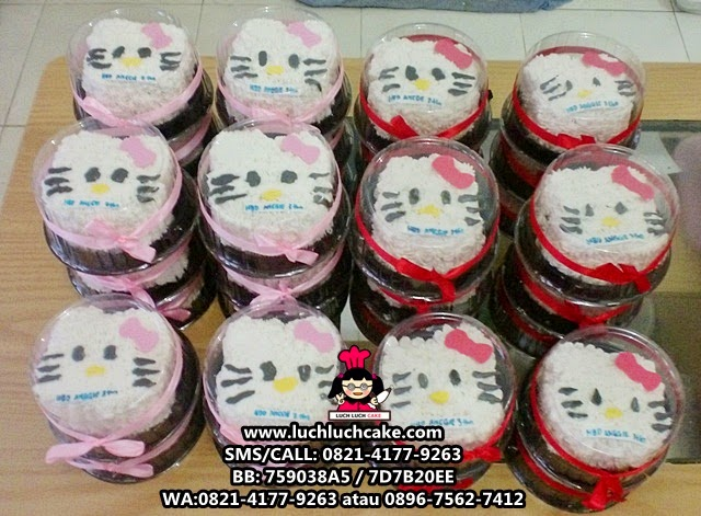 Mini Cake Hello Kitty Cute