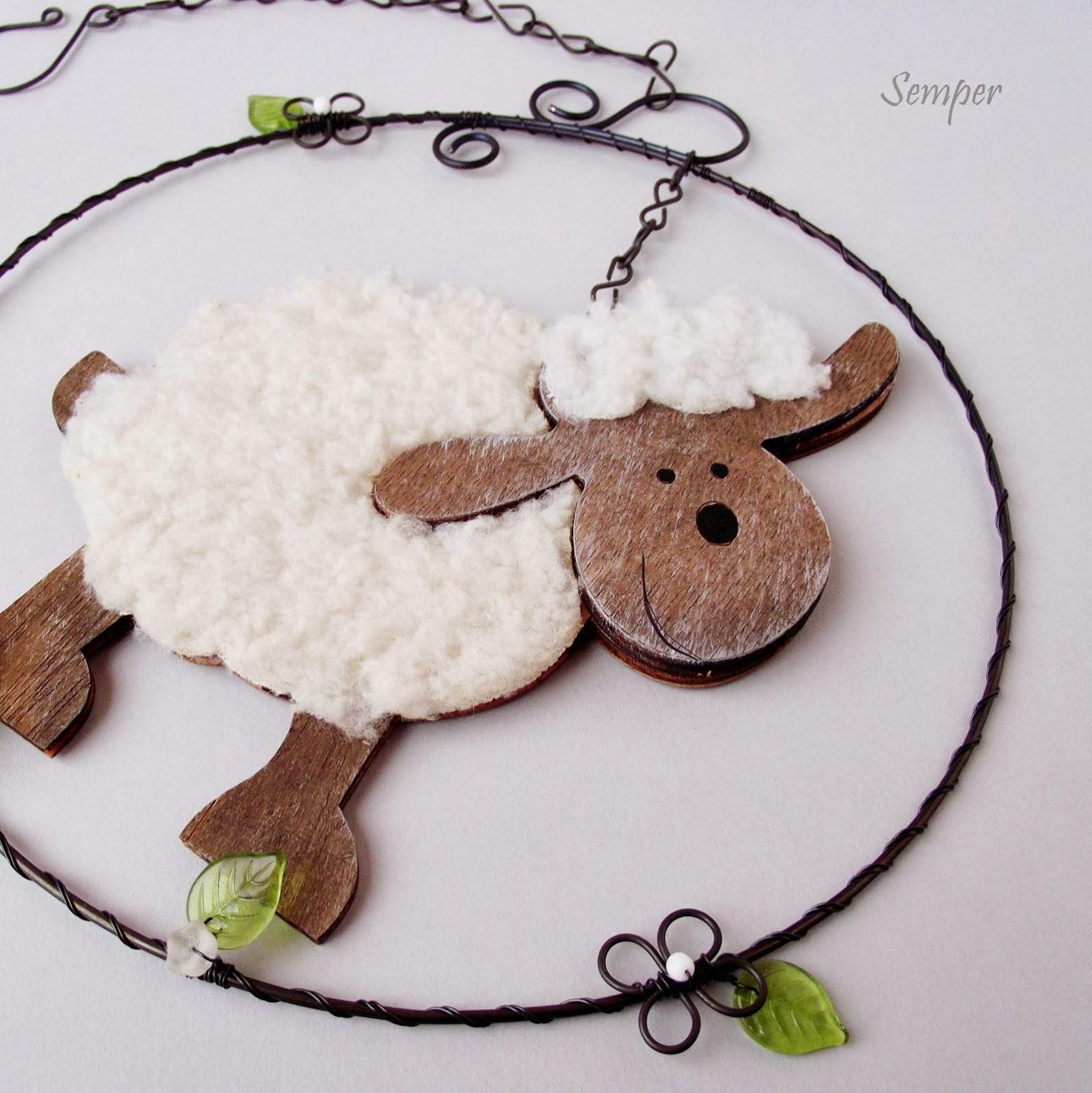 Jarní závěs s ovečkou