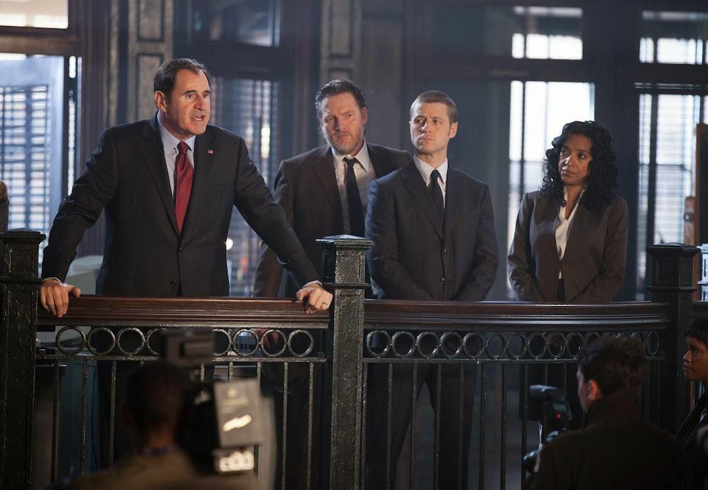 Richard Kind as Mayor Aubrey James with Zabryna Guevara as Captain Sarah Essen and Detectives Jim Gordon and Harvey Bullock in Fox Gotham