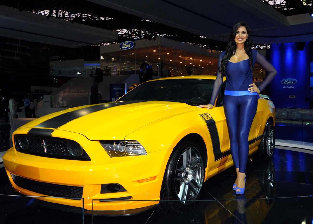 S P E E D C A L Ford Mustang E Garota Mustang Show De