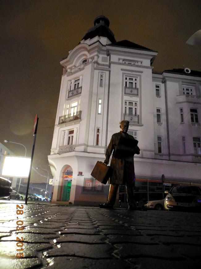 Casa Alba in noaptea neagra