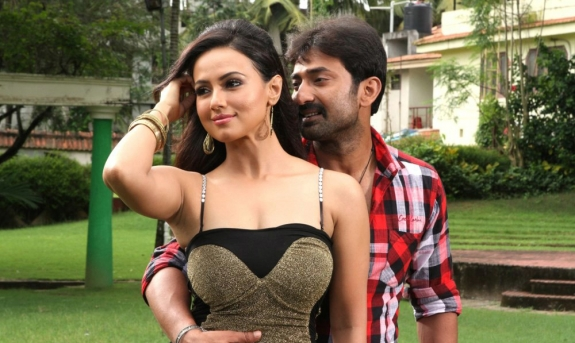 Sana khan hot photos in nadigayin dairy tamil movie