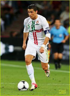 Cristiano Ronaldo Hairstyles Photos