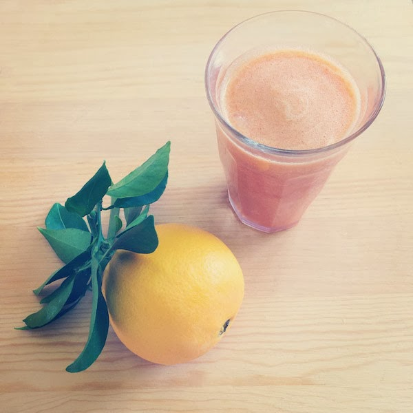Orange, Peach, Carrot & Banana Smoothie