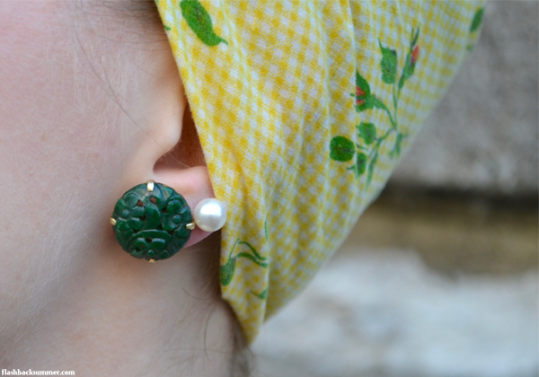 Ooo, vintage jade earrings and retro headscarf!  Such a cute combo!