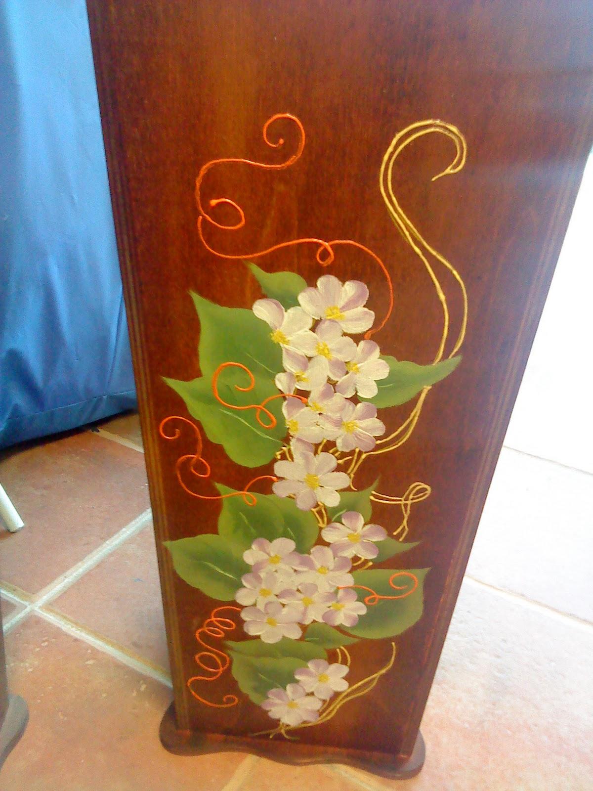 Artesania abona espejos parag eros y paraguas pintados a mano - Baules pintados a mano ...