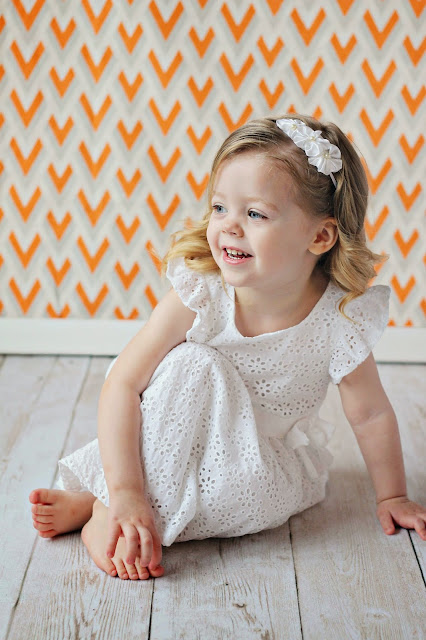 big sister photography, toddler photography, white toddler dress, growing gracie,