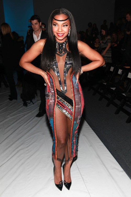 American Singer Songwriter 31 Years Old Ashanti Looks Provocative Wore
