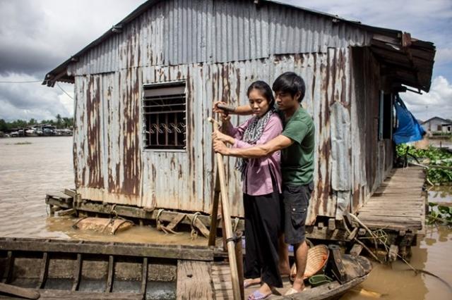 Hình ảnh phim Sông Phố Nhà Ghe