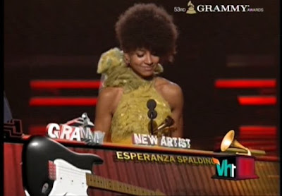 Esperanza+Spalding+won+the+Grammy+Award+2011+for+Best+New+Artist-Esperanza+Spalding+%2528born+1984%2529%255B1%255D+an+American+multi-instrumentalist+best+known+as+a+jazz+bassist+and+singer