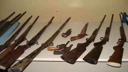 Agreste violento pol cia desativa oficina de fabrica o e for Oficina armas