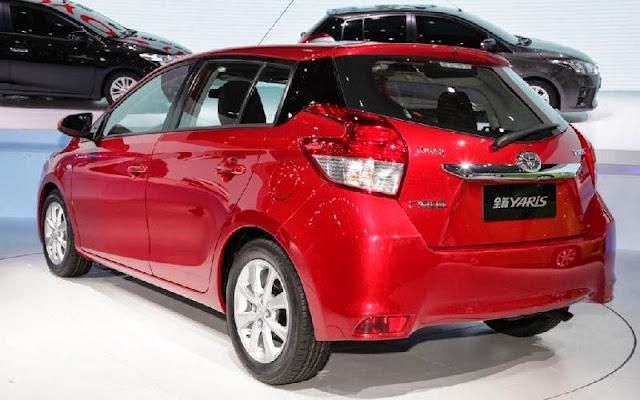 http://2.bp.blogspot.com/-Simo3QA79T8/UmeXKF1NQjI/AAAAAAAAAeQ/Pkxb-cXmNB4/s640/2014-Toyota-Yaris-Left-Rear-Angle-Shanghai-1024x640.jpg