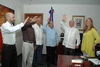 Pedro Bretón y otros dirigentes reformistas  anuncian  su apoyo a Hipólito Mejía.