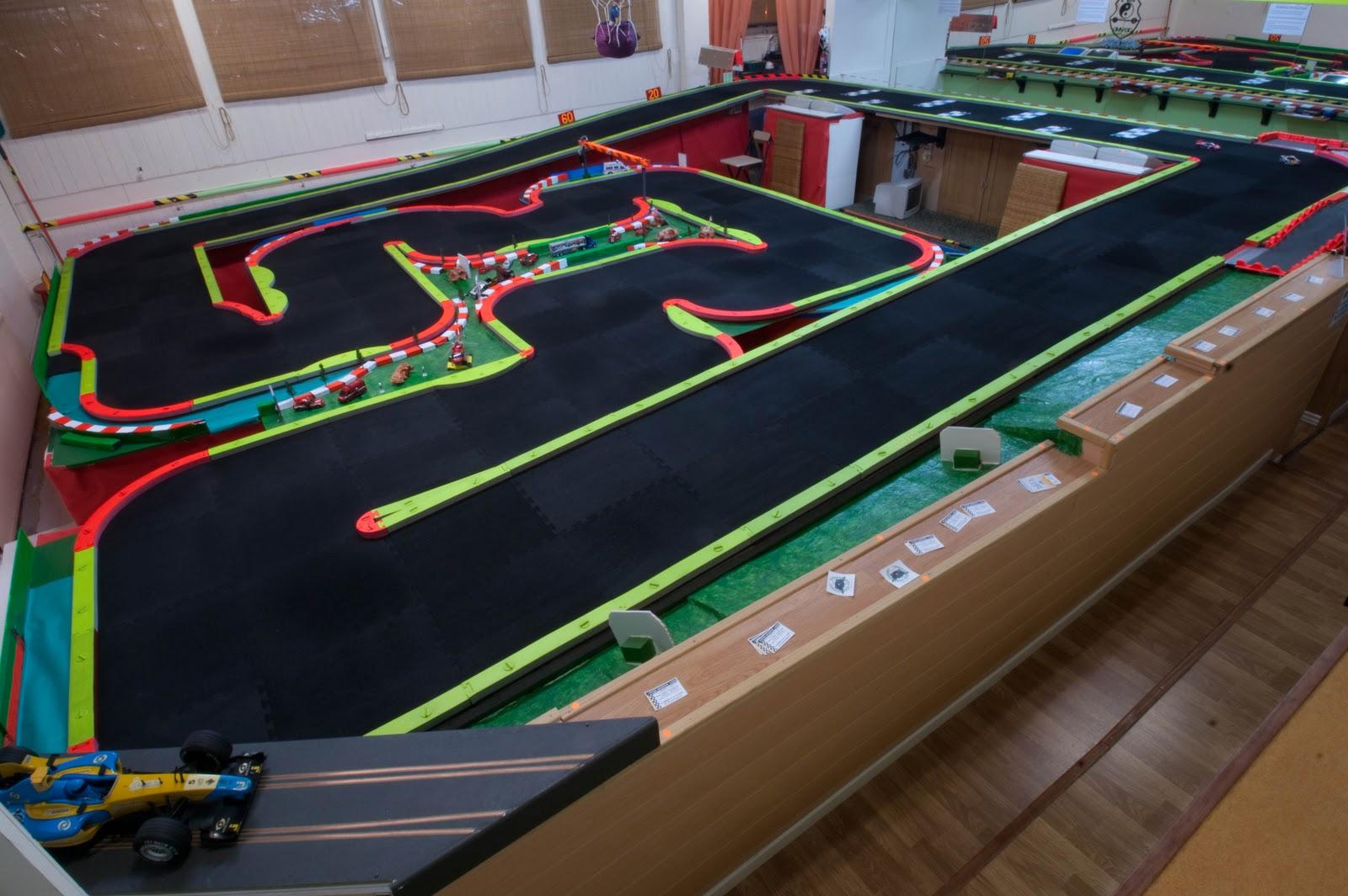 Circuito Z : Nuevo circuito oficial de rcp track en mini z santander