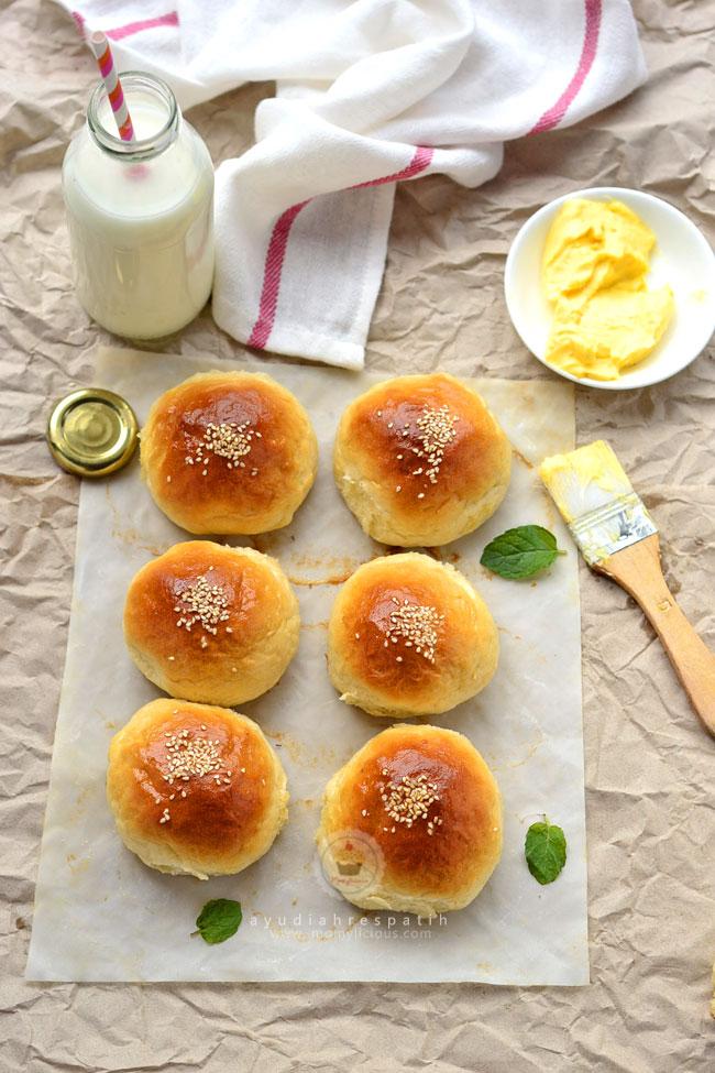 Roti Isi Kacang Merah
