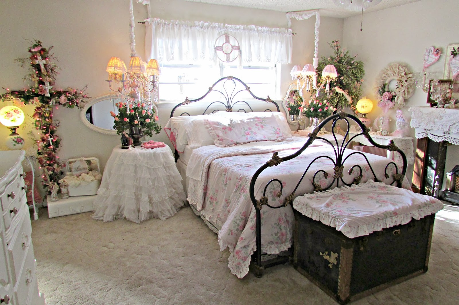 penny's vintage home: romantic ideas for decorating your bedroom