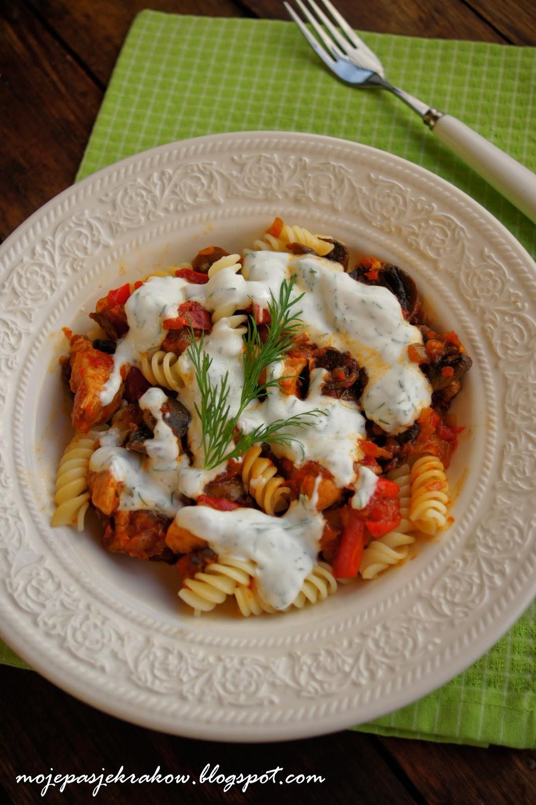 http://mojepasjekrakow.blogspot.com/2014/03/makaron-z-warzywami-i-indykiem-obiad-do.html