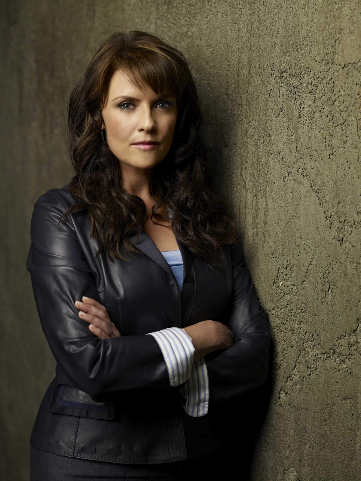 Celebrities movies and games amanda tapping sanctuary stills