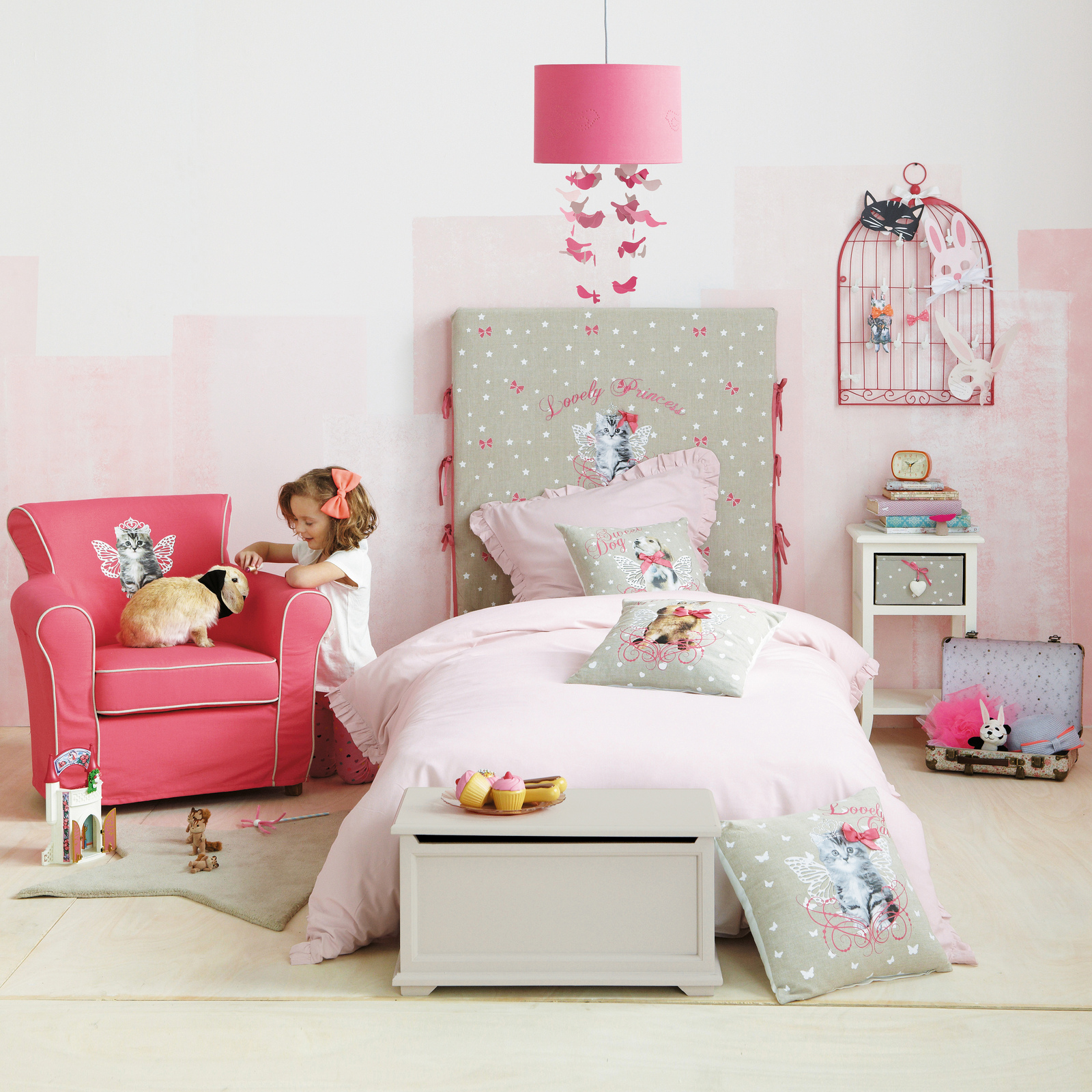 creative ordinette maisons du monde junior collection. Black Bedroom Furniture Sets. Home Design Ideas
