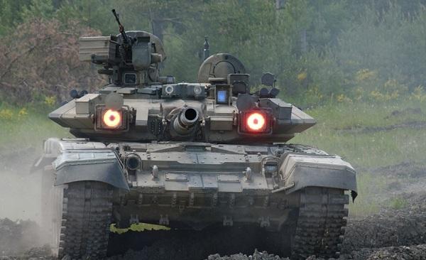 Έτοιμος για το Βερολίνο αν χρειαστεί!!!Δυτικά των Ουραλίων κινείται ο Ρωσικός στρατός!
