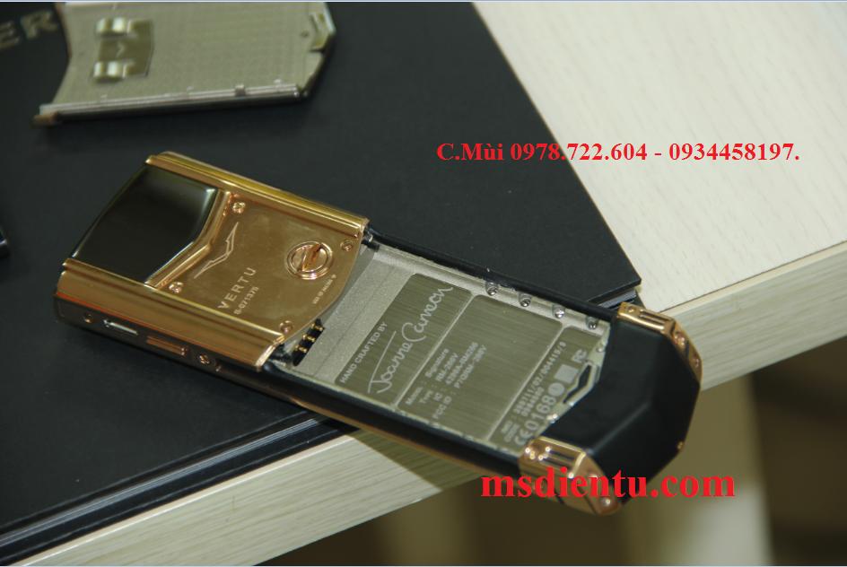 địa chỉ bán Vertu Signature S Red Gold Ceramic vàng đồng trung quốc