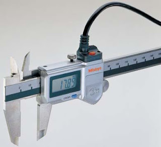 Digimatic caliper for measuring and exporting data.