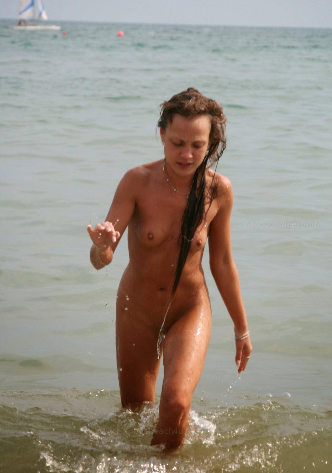 Nude crimea girl for