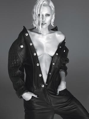Miley Cyrus acusa homens de verem demasiada pornografia