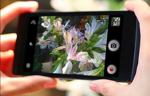 Prime immagini di un nuovo smartphone color os di Oppo: R6007 ovvero Find 7 mini?