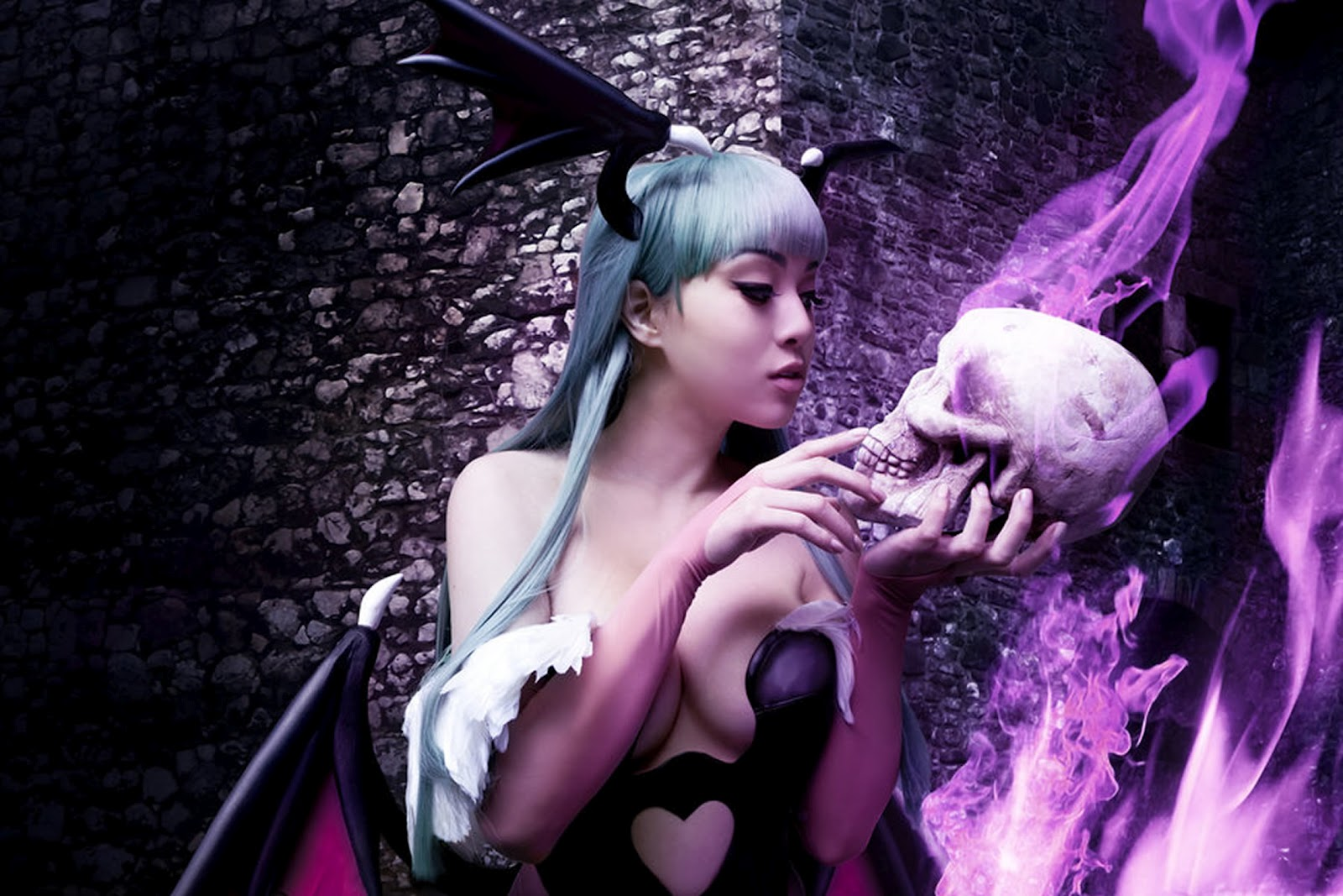 Сексуальная вампирша (28 фото) .